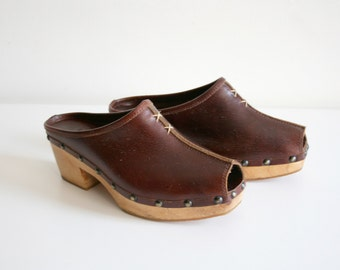 Peep Toe Leather Clogs 38