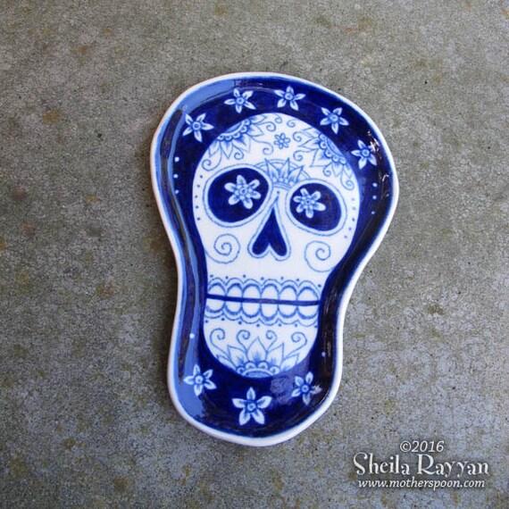 Skull Plate - ceramic handmade, spoon rest, kitchen decor, halloween, dia de los muertos shrine