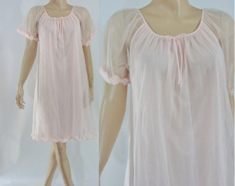 Vintage Sixties Lingerie  - 1960s Babydoll Nightgown - 60s Pale Pink Teddy - Baby Doll Night Dress