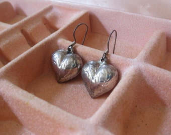 Vintage Sterling Silver Etched Puffy Heart Earrings