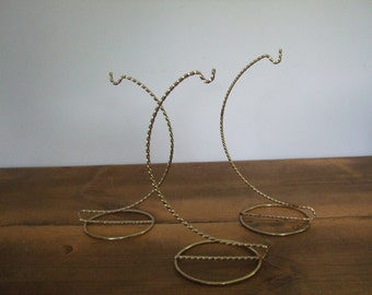 Vintage Ornament Stands Twisted Gold Finish (3)