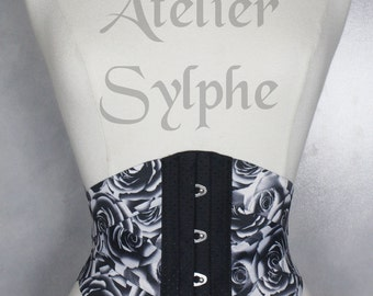 20.50 inches Waist cincher underbust corset in black coutil and stretch roses pattern ribbons Totaly closed unstretch waist size is  52 cm