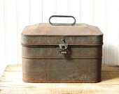 Vintage Rusty Metal Box Lunch Pail