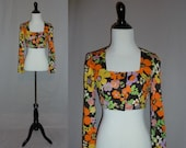 70s Cropped Blouse - Giant Flower Power Print - Bright Orange Purple Yellow Green - Vintage 1970s - S
