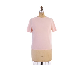 Vintage 60s SWEATER / 1960s Pale PINK CASHMERE Short Sleeve Pin-Up Jumper L