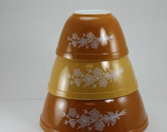 Vintage Pyrex Mixing Bowl 3 Piece Nesting Set Butterfly Gold Orange No. 401, 402 & 403 Autumn Fall Decor Retro Farmhouse Decor