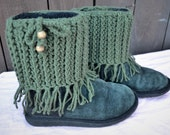 Unique Crochet Boot Cuffs with Fringes - Boot Socks - Boot Toppers - Fall Winter Fashion - Pick Your Color