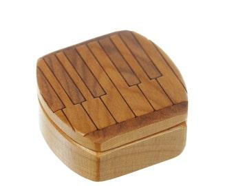 "DISCONTINUED - REDUCED PRICE Piano Wooden Box, Solid Cherry, Mini Box Pattern 12 Piano Keyboard, 1-3/4""L x 1-7/8""W x 7/8""D, Paul Szewc"