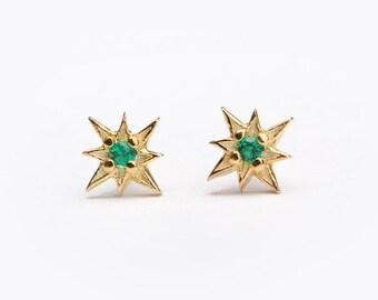 Tiny Starburst Stud Earrings, Sterling Silver Gold Plated, Lab Emerald, Star Compass Earrings, Minimal Lunaijewelry, Hand Made, STD049LEM