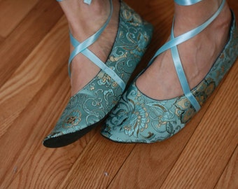 US 8 / Euro 38 / UK 6.5, Aqua Silk Slippers, #584