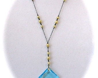 Vintage ART DECO Faceted BLUE Topaz Color Square Pendant And Faux Pearl Chain Drop Necklace