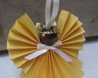 Golden Yellow Paper Angel, Christmas Angel, Yellow Paper Ribbon Angel, Angel Collector, Tree Ornament, Holiday Angels, Yellow SnowNoseCrafts