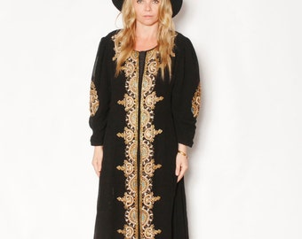 VintageIndia Silk Embroidered Caftan , Ethnic Dress