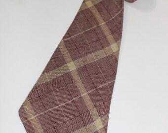 vintage 1940's -Arrow- Men's necktie. Worsted woolen - Burgandy & Yellow interwoven with Dove Gray. Tartan style plaid.