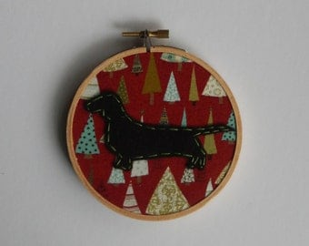 """4"""" Holiday Dachsund Embroidery Hoop Ornament"""
