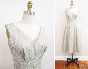 Vintage 1950s Dress | Metallic Silver and Gold 1950s Party Dress | size small | 5D004