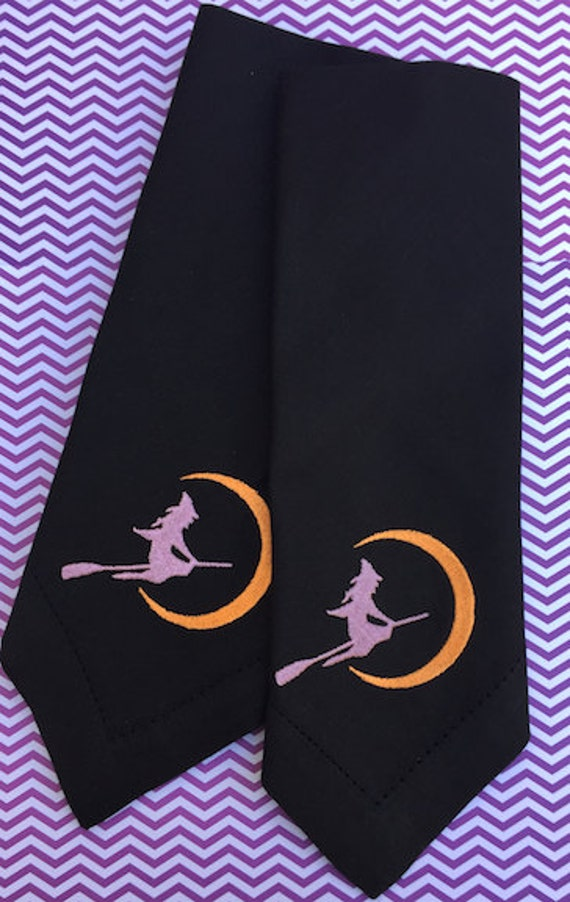Witch halloween embroidered cloth napkins halloween napkins for Halloween cloth napkins