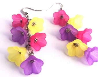 Lucite Flower Earrings - Hot Pink Earrings - Yellow Bead Earrings - Dangle Earrings - Bridesmaid earrings - Colorful Earring - Beach wedding