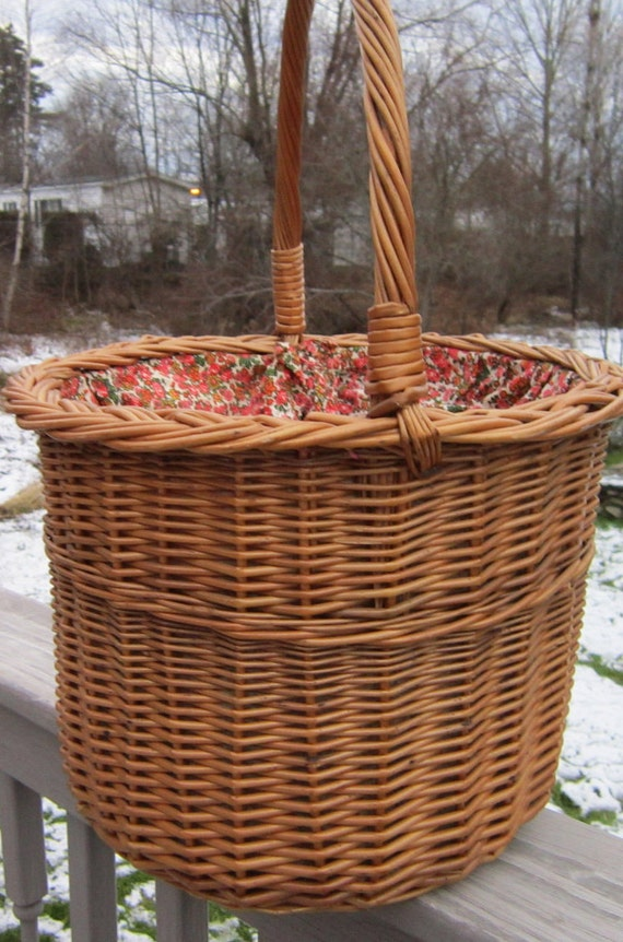 Knitting Basket with cotton red floral liner and drawstring twisted handle