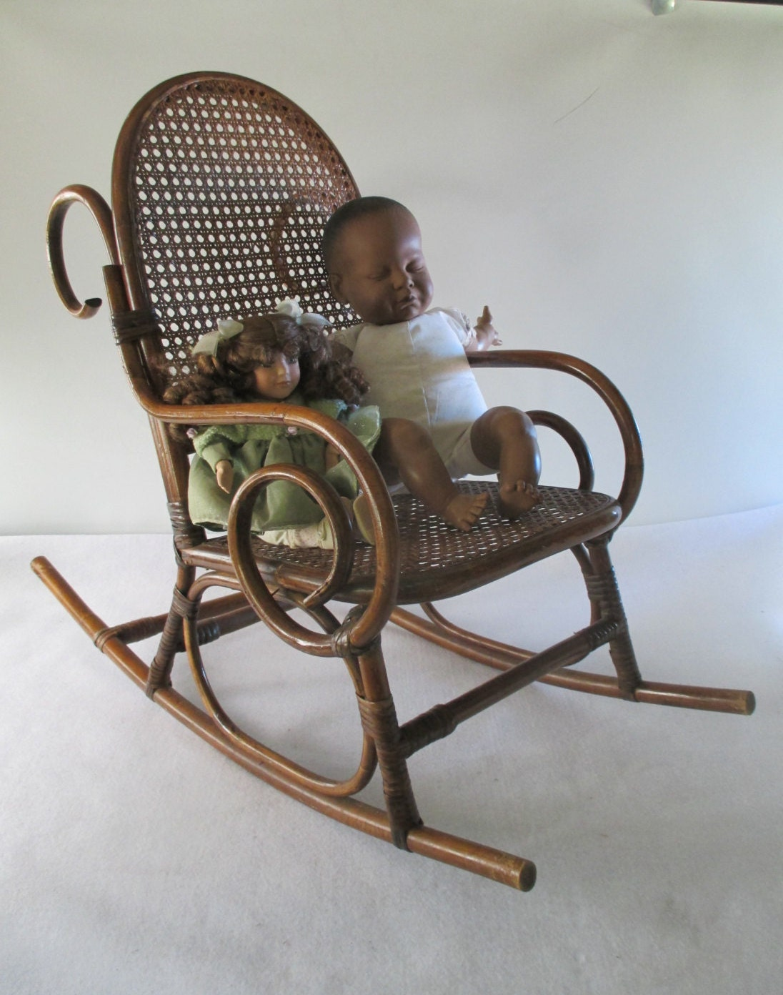 thonet style child 39 s rocking chair vintage bentwood. Black Bedroom Furniture Sets. Home Design Ideas