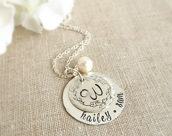 Name Necklace . Personalized Necklaces . family necklace . initial necklace . monogram jewelry . personalized jewelry . mothers necklace