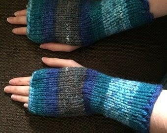 blue/grey mix fingerless gloves/arm warmers
