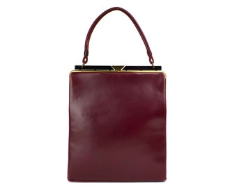 1940's Art Deco Burgundy Red Leather Handbag // Large Vintage Wine Color, Black Lucite & Goldtone Frame, Doubled Leather Handle Purse