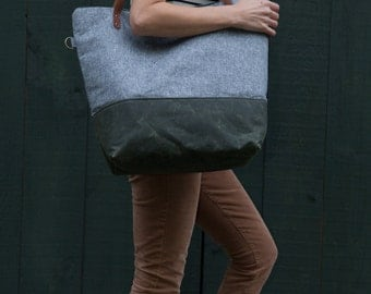 Weekender Tote Bag in Charcoal Linen & Green Waxed Canvas