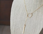 Dainty Gold Circle Bar Lariat Necklace // Gold Filled // Minimalist // Everyday Jewelry // Lariat Necklace // Hammered Bar