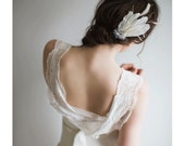 Feather Hair Clip - Ivory Fascinatory - Natalia