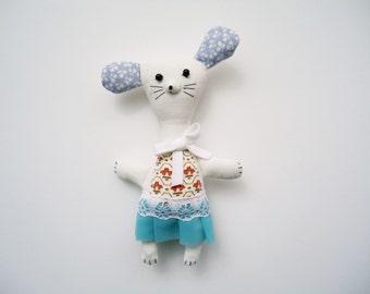miss mouse - vintage fabric pocket pet, plushie, display shelf sitter