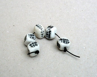 Black And White Pillow Beads , Porcelain Rondelle Beads , Artisan Beads, Jewelry Supplies