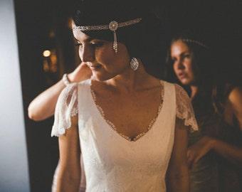White Silver Art Deco 1920s Great Gatsby Headband - Bridal Gatsby Wedding Headbeand - Daisy Buchanan Headpiece