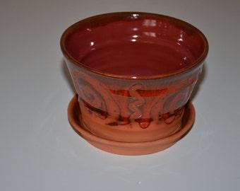 Lava Red/Terra Cotta Planter