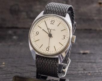 Vintage Raketa mens watch with silver dial watch, vintage mens watch, soviet mechanical watch, ussr ccp soviet watch