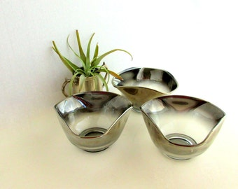 SALE Vintage Dorothy Thorpe Silver Ombre Bowls Three (3)