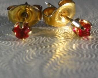 14K gold blood red garnet  earrings, 14K gold round garnet studs, 14K solid gold garnet earrings,red Studs Earrings 14k Yellow Gold