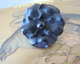 Victorian (French) Jet Black Crystal Pansy Flower Pin Brooch w/ Heavy Rolled -Filled Gold Back. 19th Century Mourning LOVE Sentimental Pin