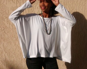 White Knit Tee ~ Long Sleeve Boxy Tee ~ Slouchy Pull Over  ~ All Sizes / Colors ~