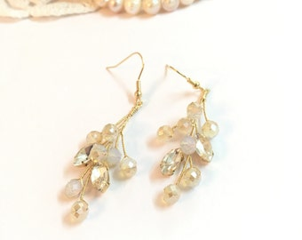 Gold wedding earrings, bridal earrings, rhinestone earrings, bridesmaid earrings, dangle earrings, bridal jewelry, wedding jewelry earrings