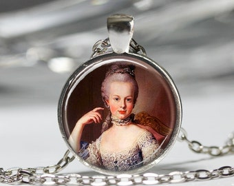 Marie Antoinette Necklace, French Monarchy Queen Pendant, Parisian Fashion Queen Jewelry [C72]