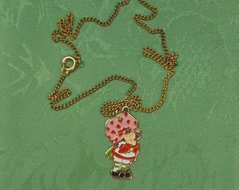 Cute Little 1980s Strawberry Shortcake Pendant Necklace  1433