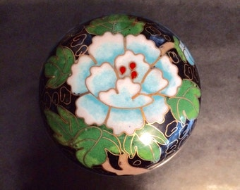 Lovely Small Chinese Cloisonné Trinket Box, Vintage