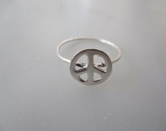 925 Sterling Silver Peace Ring