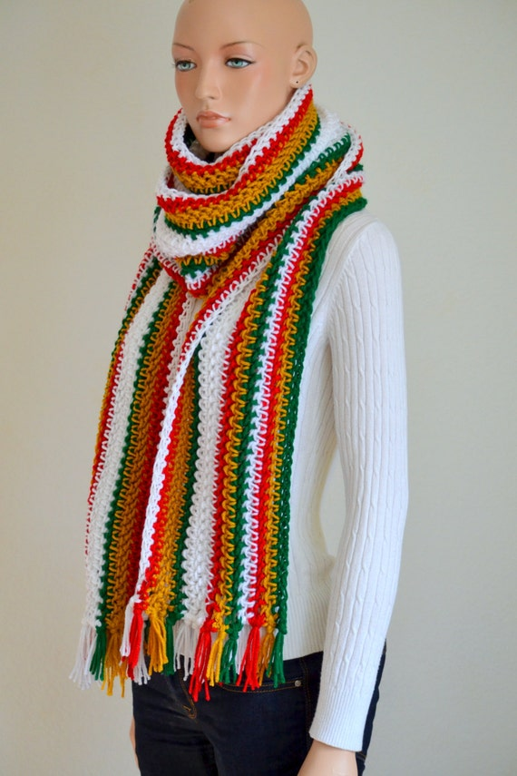 how to wear a long winter scarf