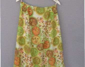 Hippie long skirt. XL size. Polyester retro skirt from the 1970s, fully lined. Made in Greece. In a very good vintage condition.