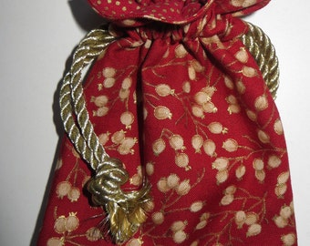 Lined Drawstring Gift Bag - Red/Gold Jewelry