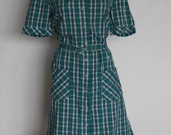 Green plaid belted dress L