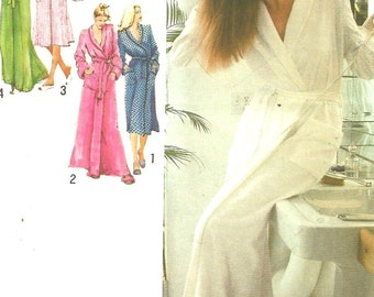 9220 Simplicity Sewing Pattern Ladies Front Wrap Robe Choice Length Size 14 36 Bust Vintage 1970s