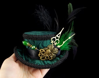 Green and Black Steampunk Mini Victorian Riding Hat Fascinator, Marie Antoinette, Alice in Wonderland Mad Hatter Tea Party, Derby Hat